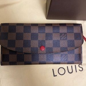 Louis Vuitton Emillie Wallet